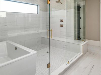 Master Bath Photos | Luxury Homes Built by Affinity Homes